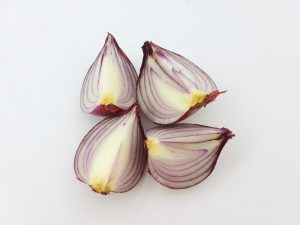 Onions are an excellent source of calcium and L-cysteine for hair loss and overall health.