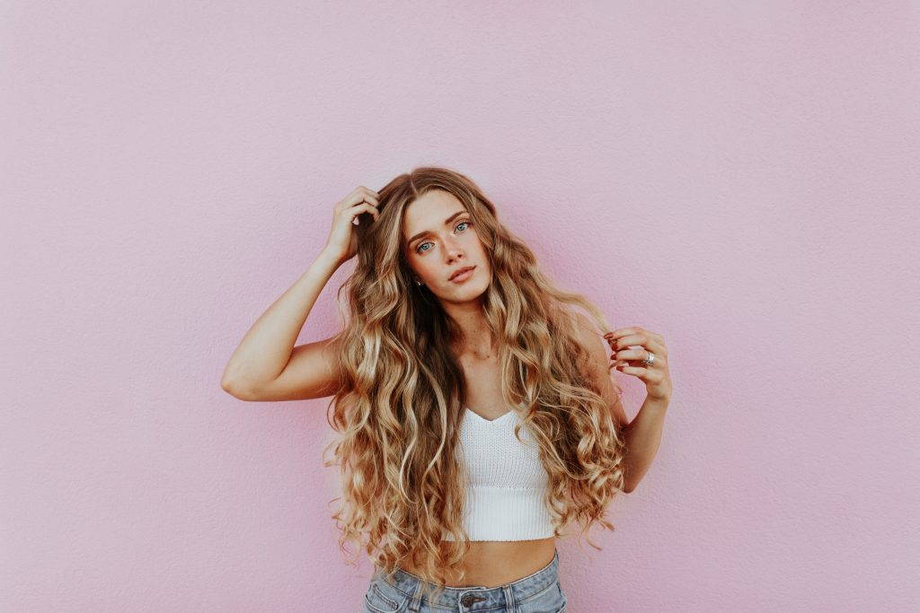 Thyme hair treatments have as DIY home remedies for hair thinness and hair health. New research looks into the compounds within thyme essential oil, such as flavonoids and thymol, to observe a basis for these assumptions (3, 4, 5)