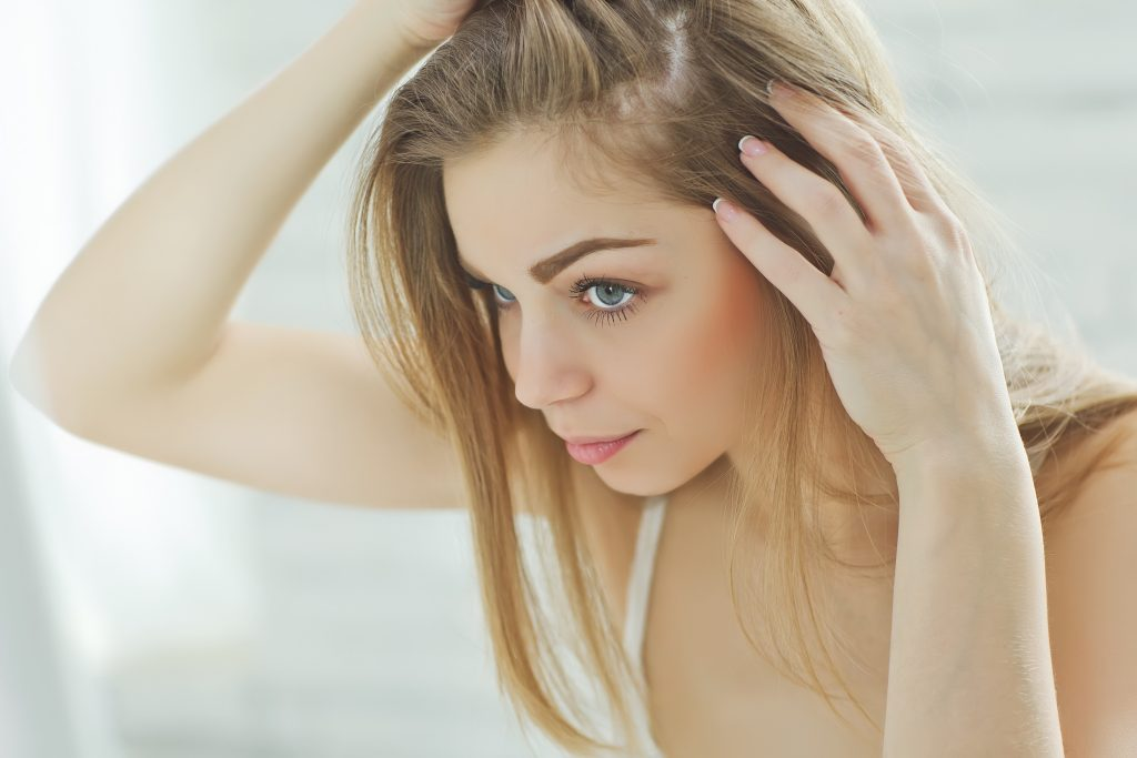 Using horsetail for hair growth contributes to healthy hair by strengthening and regulating growth.