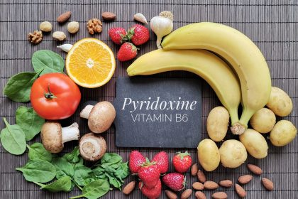 Foods rich in Vitamin B include spinach, kale bananas