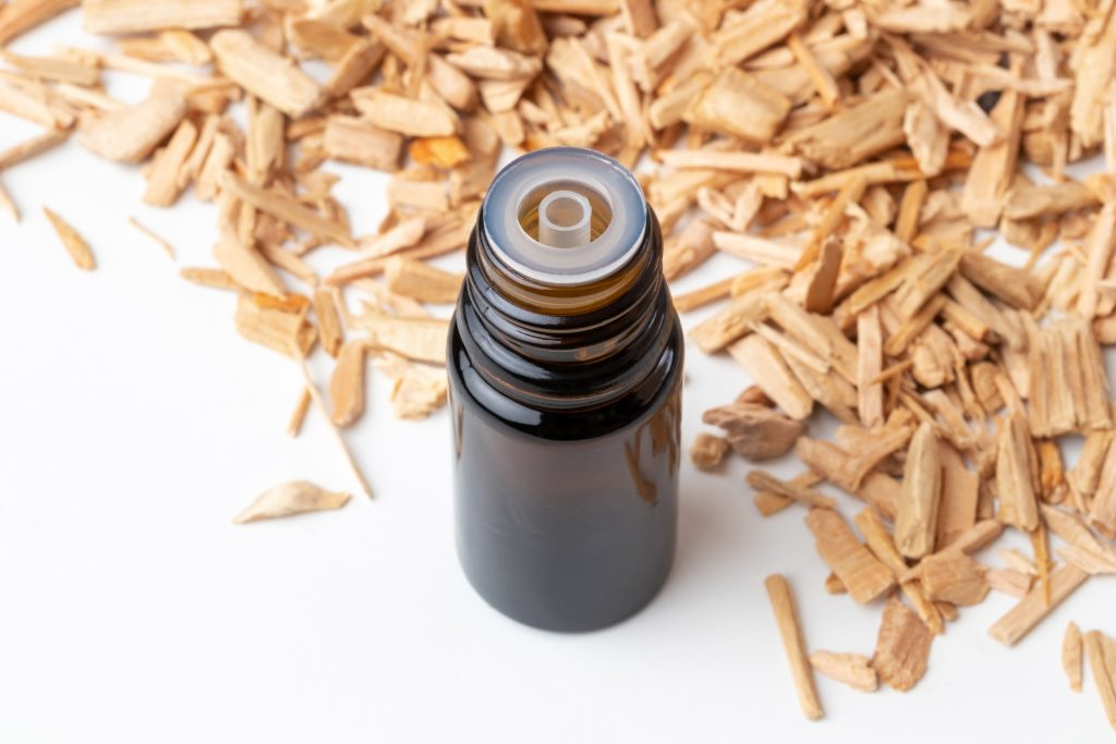 Cinnamon Oil can benefit hair health via its anti inflammatory, andtimicrobial and stress modulating properties